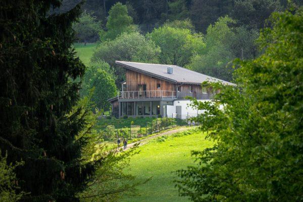 Ferienhaus Louis – Refugium im Grünen